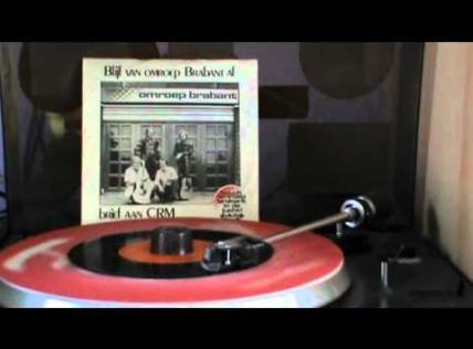 """Embedded thumbnail for Jan Strick, violinmaker - """"Maison Bernard"""""""