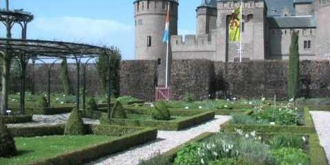 Embedded thumbnail for Castle Muiderslot